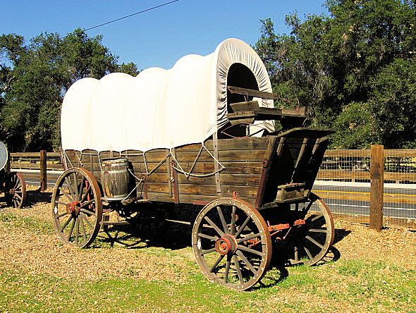 wagon with wheels