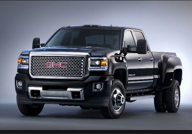 Never have been a dually Fan, but that's sharp !! 2015 Denali 2500 hd. It's worth a house