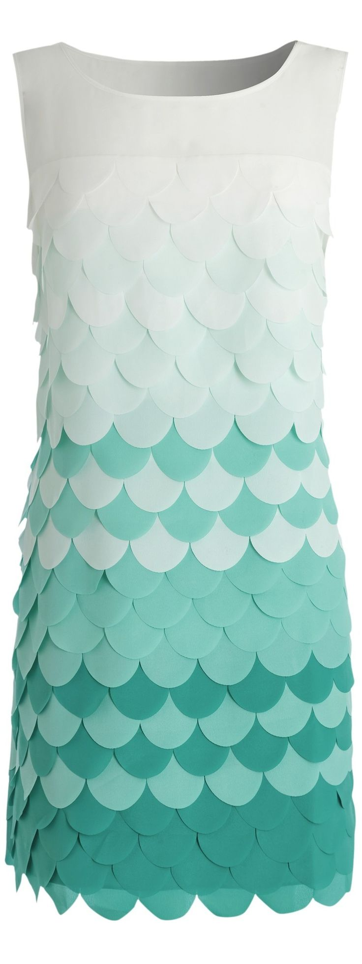 Pantone Lucite Green dress - more - http://www.boomerinas.com/2015/01/02/pantone-colors-for-spring-summer-2015-fashion-for-women/