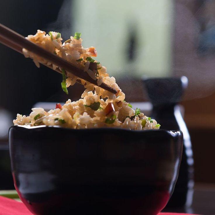 Wir haben Berlins beste Japaner recherchiert und in einer Top 10 Liste kuratiert. Unsere Lieblingsorte für Sushi, Kushiage, Suppen und vieles mehr jetzt auf @cremeguides #japanischesrestaurant #sushiberlin #sushi #ramen #udon #kushiage #japaneserestaurant #berlin #berlin #bestfoodever @gastronomie.kumami @shisoburger @kame.berlin @sticksnsushi_de @gingisizakaya @zenkichi_berlin @shioriberlin @udonkoboishin @machamachaberlin #cocoloramen @nazuna_berlin
