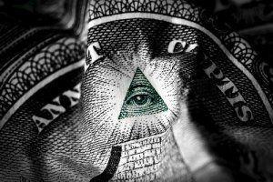 Ontdek de geheimen van de Illuminati en de vrijmetselarij. Verken de geschiedenis achter de invloed van de vrijmetselaars en Rozenkruisers op de Illuminati. Al jaren is er veel te doen rond de exacte betekenis van de occulte symbolen in het stratenplan, de gebouwen en monumenten van Washington D.C. Is het stratenplan gebaseerd op de visie...