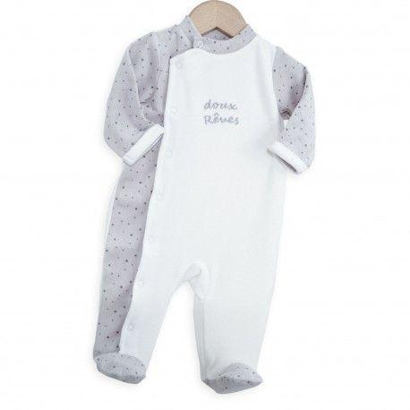 On craque pour ce pyjama en velours gris et blanc. Tout doux pour bébé. De la…