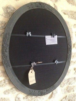 ancien cadre ovale noir et ruban pois