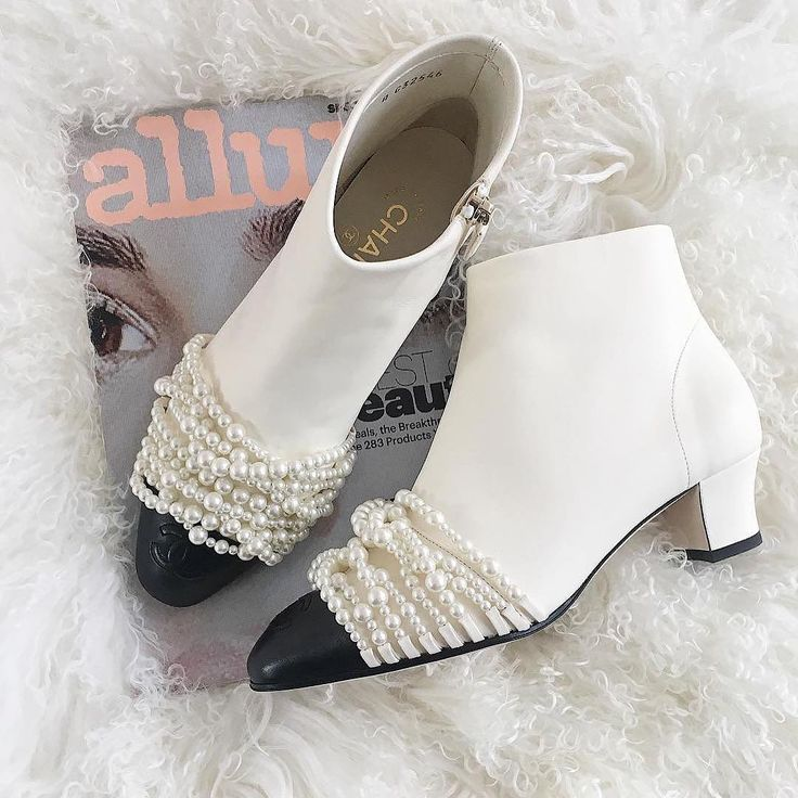 It's Friday night, wear the embellished boots : ShopStyle Style Influencer  @somethingnavy