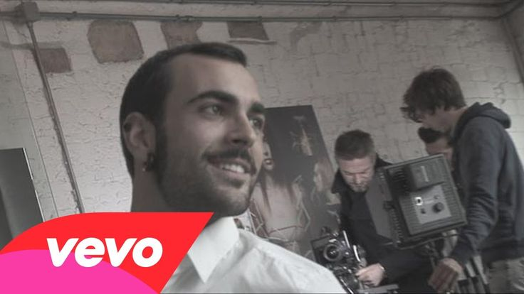 Marco Mengoni - La valle dei re: il video del backstage ora è anche su VEVO