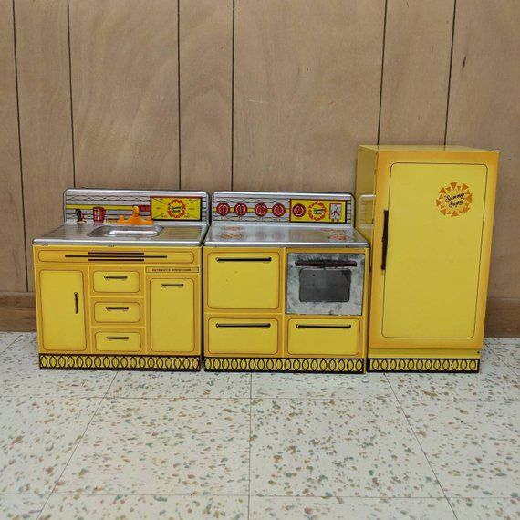 Sunny Suzy Kitchen Set Vintage Three Piece Metal Toys By Etsy Kitchen Sets Metal Toys Vintage Kitchen