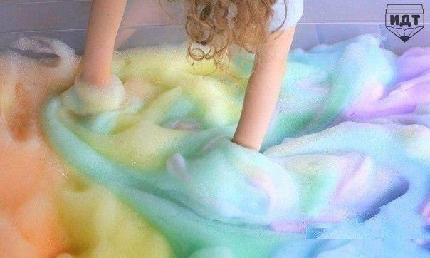 1. Светящаяся вода Чтобы вода в ванной светилась, как белая блузка на дискотеке в свете неоновой лампы, достаточно растворить в ванне 2 крупные таблетки витамина В (45–60 мг каждая). Чтобы […]