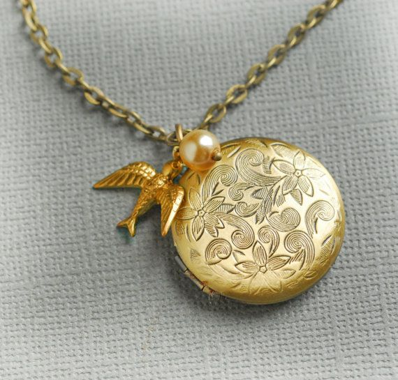 Hey, I found this really awesome Etsy listing at http://www.etsy.com/listing/163496596/gold-locket-personalized-jewelry