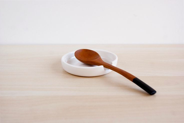 Minimalist ceramic spoon rest, Pottery spoon rest, Ceramic spoon holder, Ceramics & pottery, Scandinavian minimalist ceramic spoon rest by noemarin on Etsy https://www.etsy.com/uk/listing/196821920/minimalist-ceramic-spoon-rest-pottery