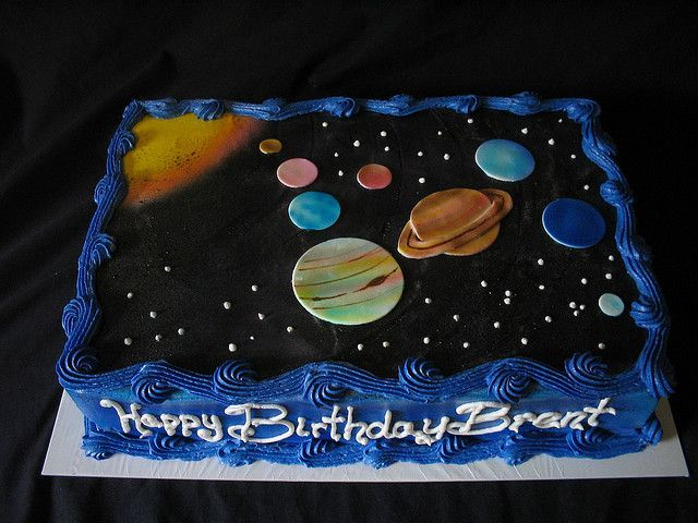 Outer space cakes 2e16fb8775dbb108e6f016ae553c74e8 fun for Outer space cake design