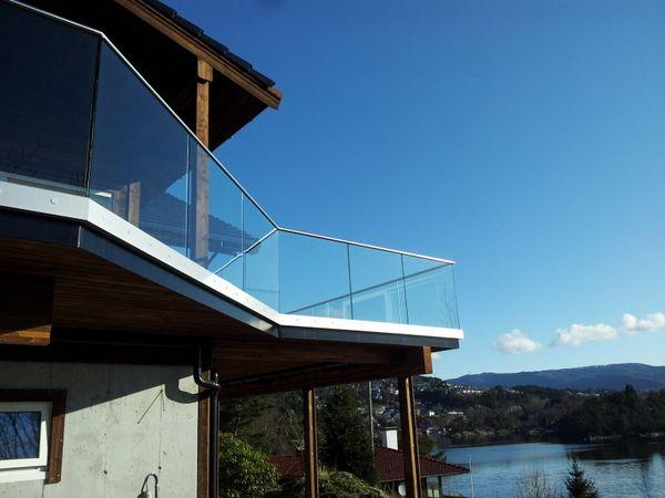 Fana Glass - når kvalitet teller - Helglassrekkverk Noreide