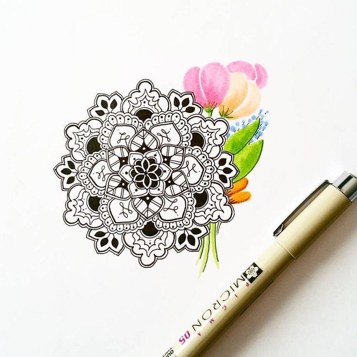 """735 curtidas, 15 comentários - RedFemmeDesigns (@red.femme) no Instagram: """"A doodle with a side of flowers . . . #mandala #mandalas #doodles #doodle #doodling #fineliner…"""""""