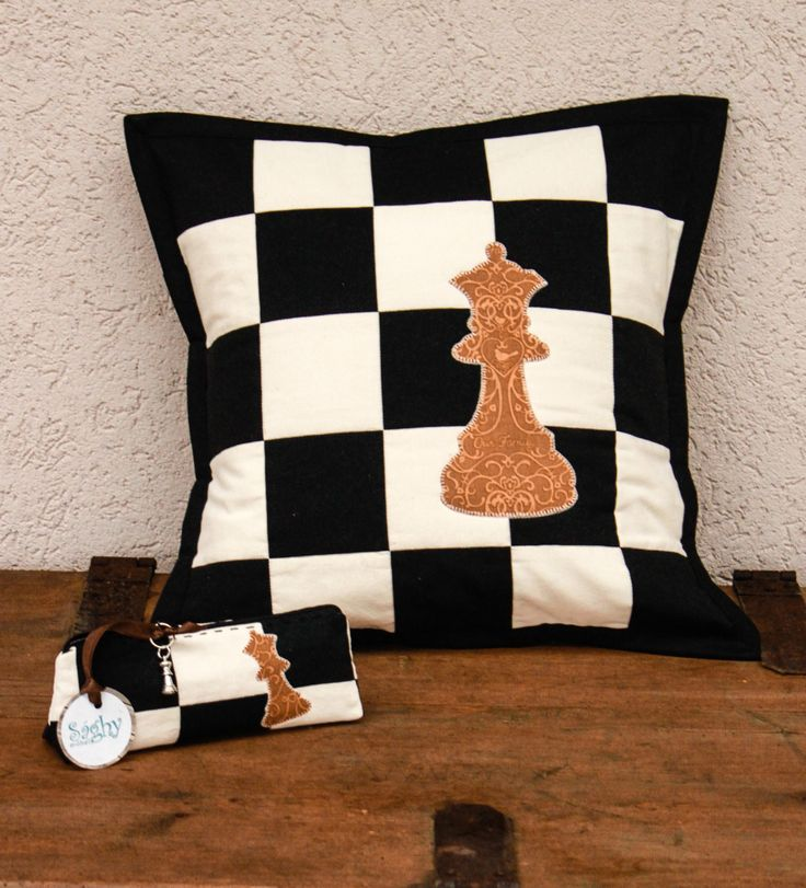 Patchwork pillow -with a queen. And Its pouch belong.