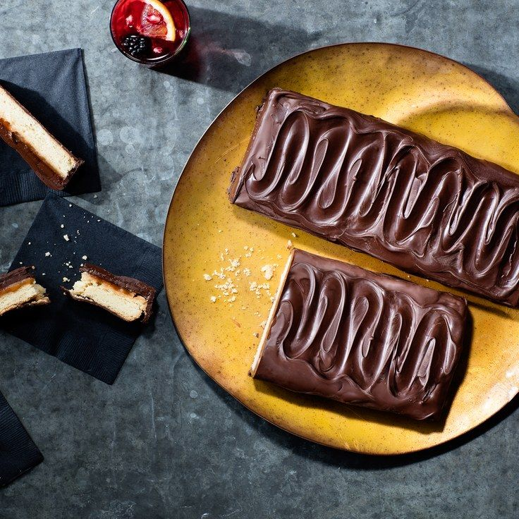 Giant Chocolate Caramel Cookie Bars
