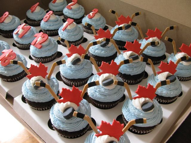 hockey cupcakes | Eat / hockey cupcakes 005-web.jpg 640×480 pixels