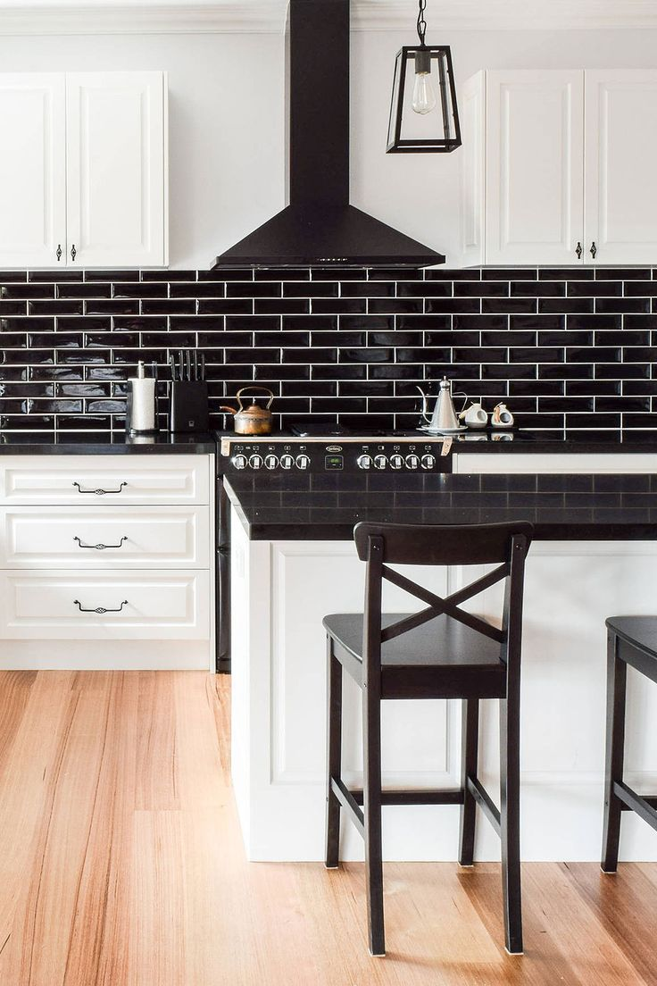 31+ Black Subway Backsplash ( Ideas ) - The Power of Black ... on Backsplash Ideas For Black Countertops  id=72686