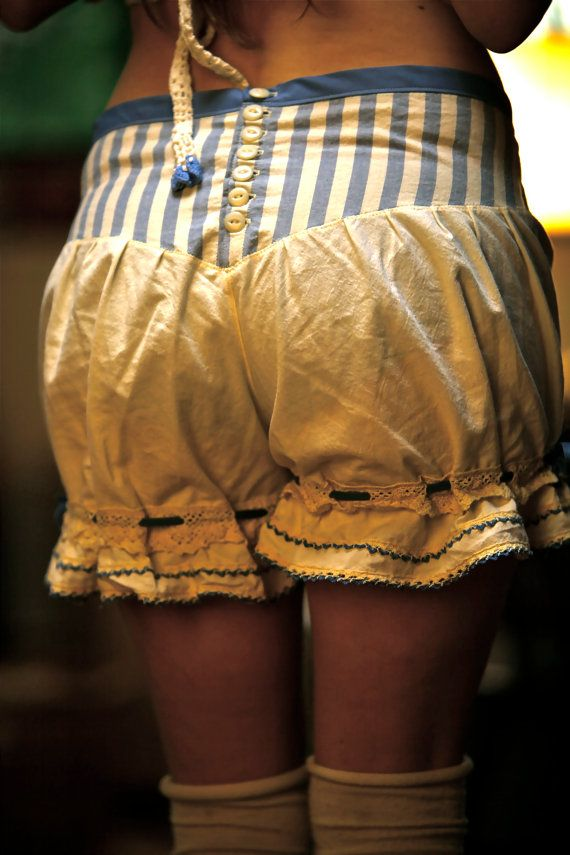 These are so freakin' cute!...victorian bloomers knickers women by earlybloomers on Etsy, $120.00