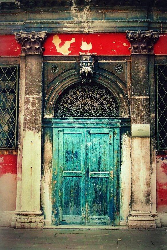 .: Dream Doors, Divine Doors, Blue Doors, Red Contrast, Doors Galore, Special Doors, Turquoi Doors, Contrast Stripes, Teal Doors