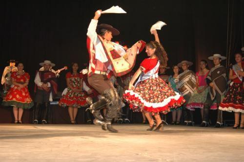 Aquí la cueca ganadora!! de los Campeones Regionales Adulto 2009 - Fotolog Daniela Jorquera Reyes y Daniel Osciel Abarca