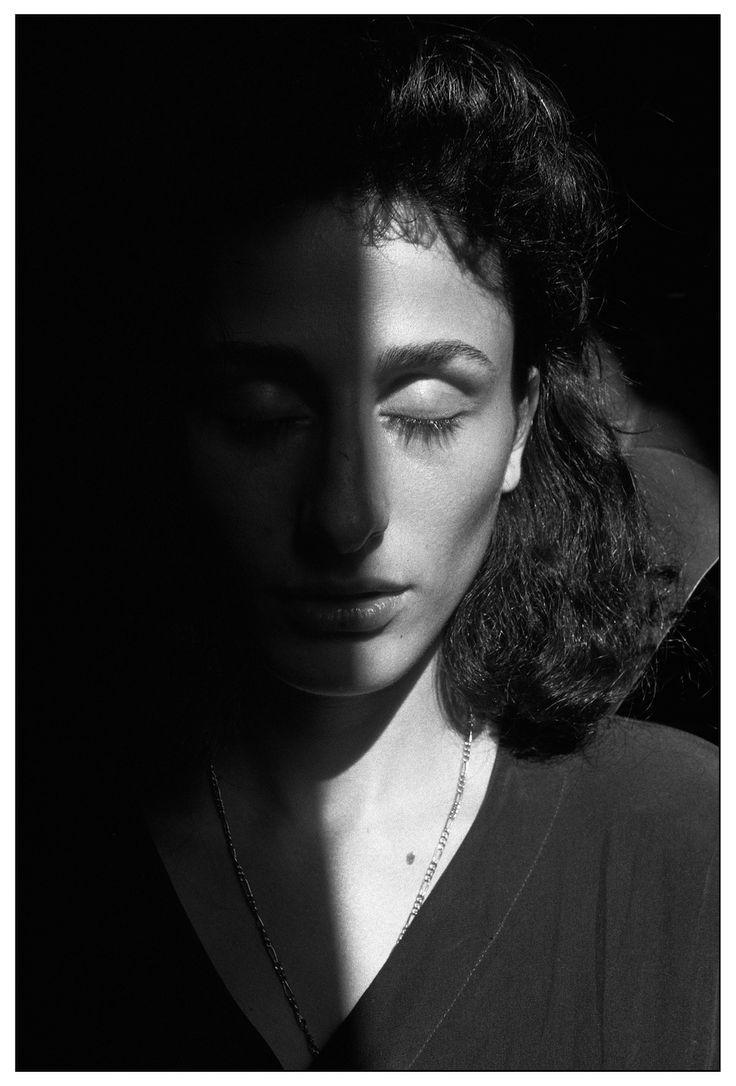1992, Palermo – Rosaria Schifani, vedova dell' agente di scorta Vito, ucciso insieme al giudice Giovanni Falcone, Francesca Morvillo e tre suoi colleghi (Letizia Battaglia)