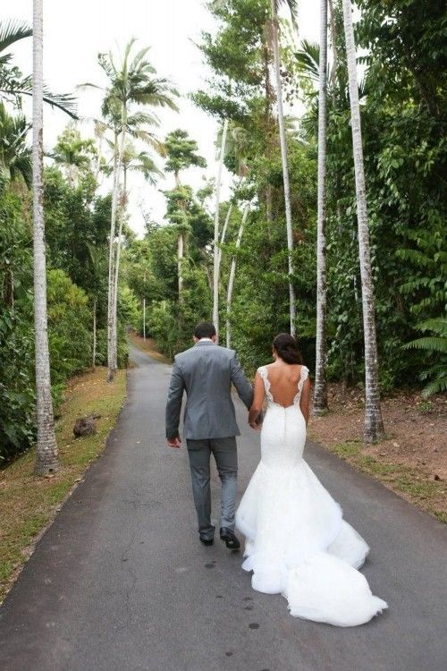 Steven Khalil amazingness… He must design my wedding dress.