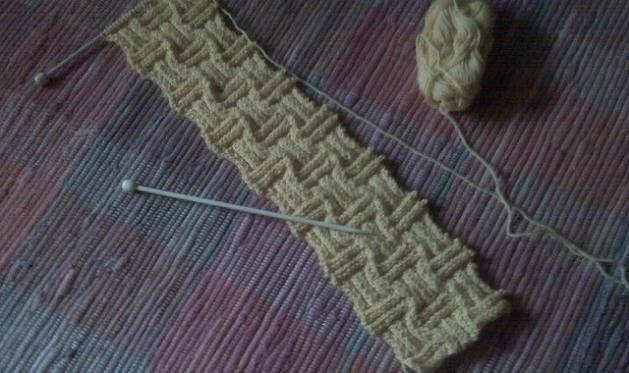 Bufandas tejidas a dos agujas , Tejido a dos agujas