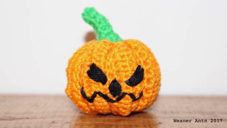 Grusel-Kürbis für Halloween - gratis Häkel-Anleitung auf www.weanerantn.at