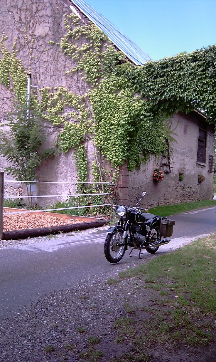 BMW R27 in Beuggen