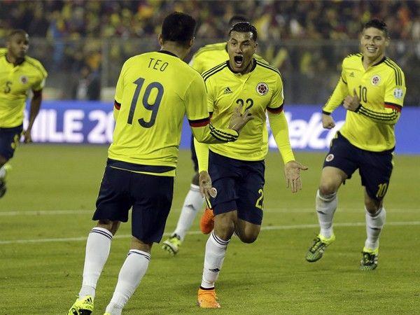 Selección colombiana: 'Cafeteros' aliviados por las lesiones de Paolo Guerrero y Jefferson Farfán | Eliminatorias 2018. Oct 01, 2015.
