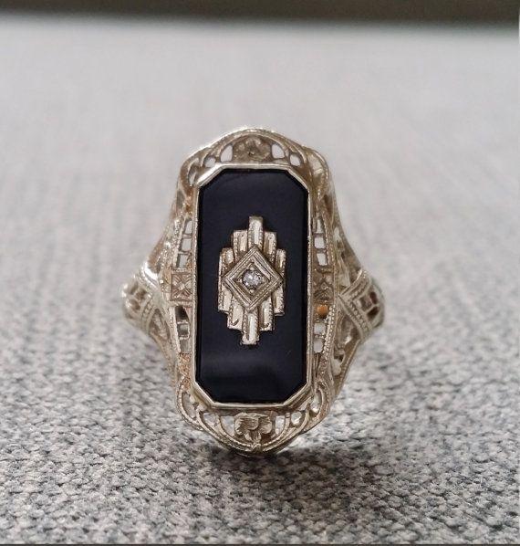 Antique Black Onyx diamant Bague filigrane Art par PenelliBelle