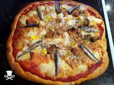 Una pizza casera, hecha con frutos del mar principalmente, le podéis añadir cualquier cosa, desde colas de cangrejo, gambas, langostinos, … Leer más