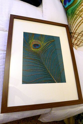 """I'm loving peacock colors and feathers right now, and this """"free art"""" is a great idea!  From the blog """"Welcome to Heardmont"""", www.welcometoheardmonth.com  #peacock_feathers #art #DIY"""