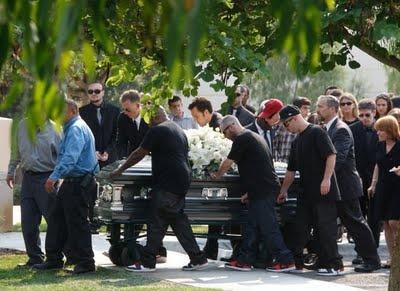 Patrick Swayze Funeral | Patrick swayze's funeral arrangements pictures | Ready2Beat