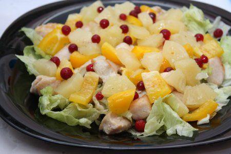 Салат Цезарь с курицей | Рецепт | Салаты с курицей и ...