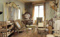 """The Paris flat that time forgot  """"Mrs de Florian never returned to her Paris flat after the war and died at the age of 91 in 2010. Behind the door, under a thick layer of dust lay a treasure trove of turn-of-the-century objects including a painting by the 19th century Italian artist Giovanni Boldini.  So many treasures..."""