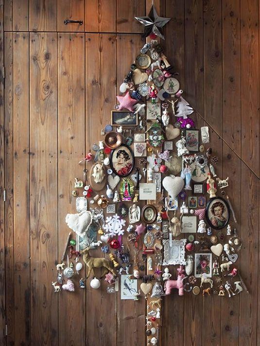 """Patříte-li mezi příznivce minimalistického designu a kreativní upcyklace (nový život starým věcem), vyzkoušejte letos vánoční stromek ve stylu DIY čili """"udělej si sám""""."""