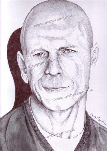 Bruce Willis disegno con penna bic.