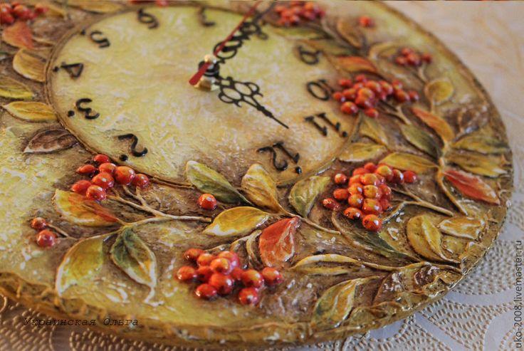 """Купить Часы """"Рябинка"""" - оранжевый, осень, Рябина, ягоды, желтые листья, желтый и красный"""