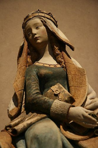 Notre Dame de Grasse, a beautiful Gothic statue of the Virgin Mary. 15th century. Musée des Augustins, Toulouse.