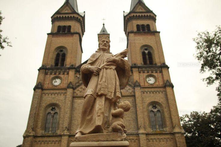 Statuia Sf. Nepomuk a fost restaurata si poate fi admirata in Piata Romanilor din Timisoara