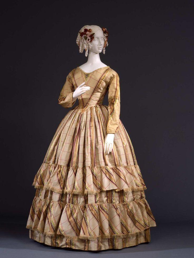 "ephemeral-elegance: "" Silk Taffeta Day Dress, ca. 1845-48 Palazzo Pitti via Europeana Fashion """
