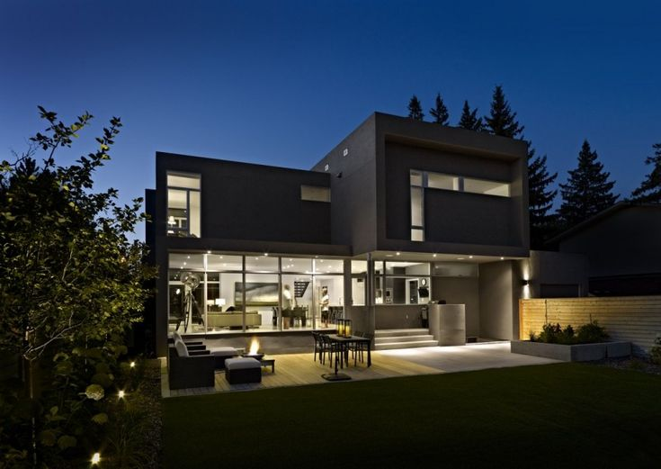 Perfect Modern Home Displaying A Neat Interior: The Summit Residence