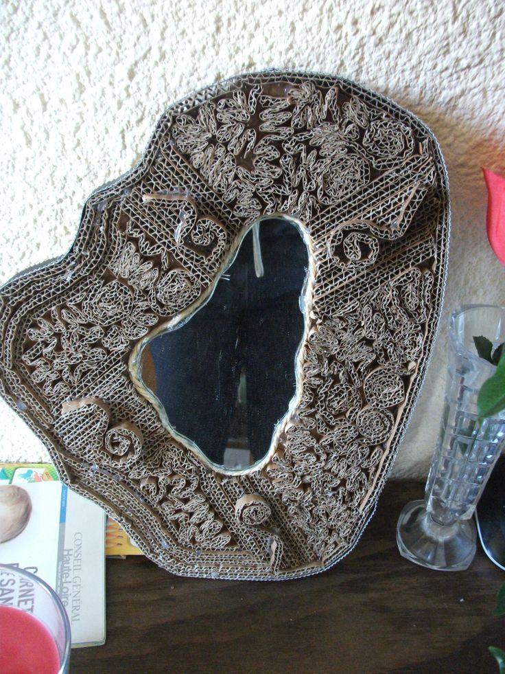 66 best images about miroirs en carton on pinterest for Miroir oeil de boeuf