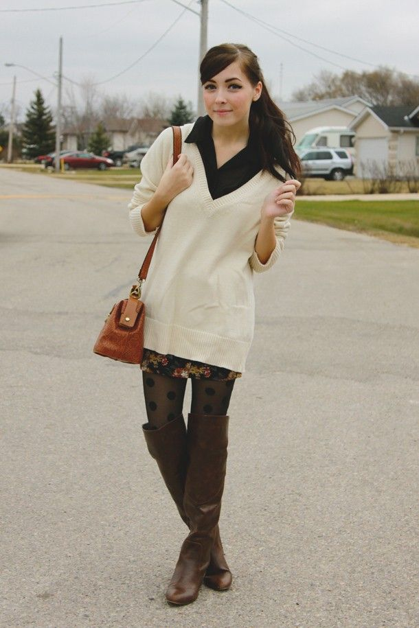 tights/boots, patterned skirt, button up, oversized sweater over it all :)