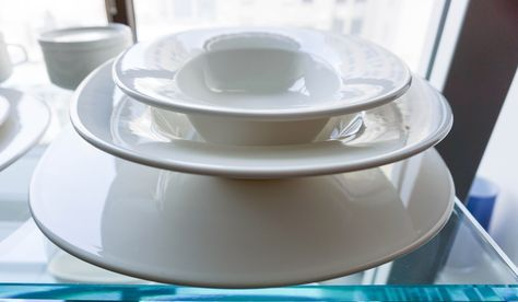 Villeroy & Boch's New Cottage Basic collection is prized for its subtle elegance. The thin body highlights its overall delicate charm and gives particular expression to its lightly organic, sheer form.
