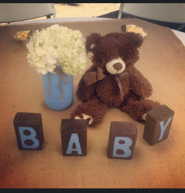Teddy bear theme centerpieces