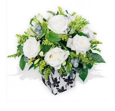 White Roses and Freesias Pot -visit for more http://www.morepics.net/