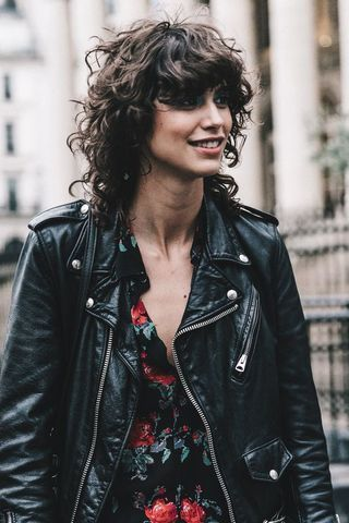 35 hairstyles and cuts for curly hair (very) cool to be desired 35 hairstyles and cuts for curly hair (very) cool to be desired  u00e1s  u00bfEst  u00e1s ...