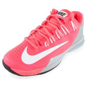 Designed specifically for women's feet, the Nike Women's Lunar Ballistec Tennis Shoes are lightweight and durable for serious players that are hard on their shoes. The Lunarlon midsole offers superior cushioning while the XDR outsole are thicker in high wear areas for a long-lasting shoe. Nike offers a 6-month outsole durability guarantee on this model to ensure your complete satisfaction!Upper: Evolved Flywire technology plus synthetic leather for an adaptive fit that ...