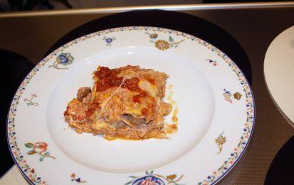 Lasagne di Carnevale napoletane - Le lasagne di Carnevale sono una ricetta napoletana gustosissima, indicata per il menù di questi giorni di festa che richiedono piatti ricchi.